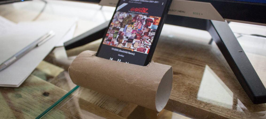 Lifehack Smartphone Boxen Klopapier