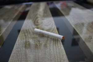 GIZEH Rollbox Drehmaschine gedrehte Zigarette fertig